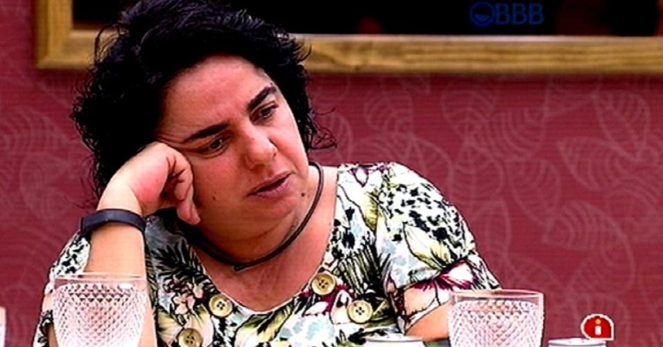 12.fev.2015 - Mariza diz para Fernando que se ele for indicado ao paredão, vencerá quem quer seja seu oponente