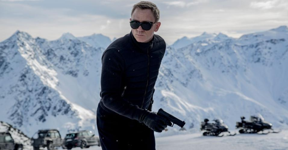 12.fev.2015 - Primeira imagem de novo filme de James Bond,