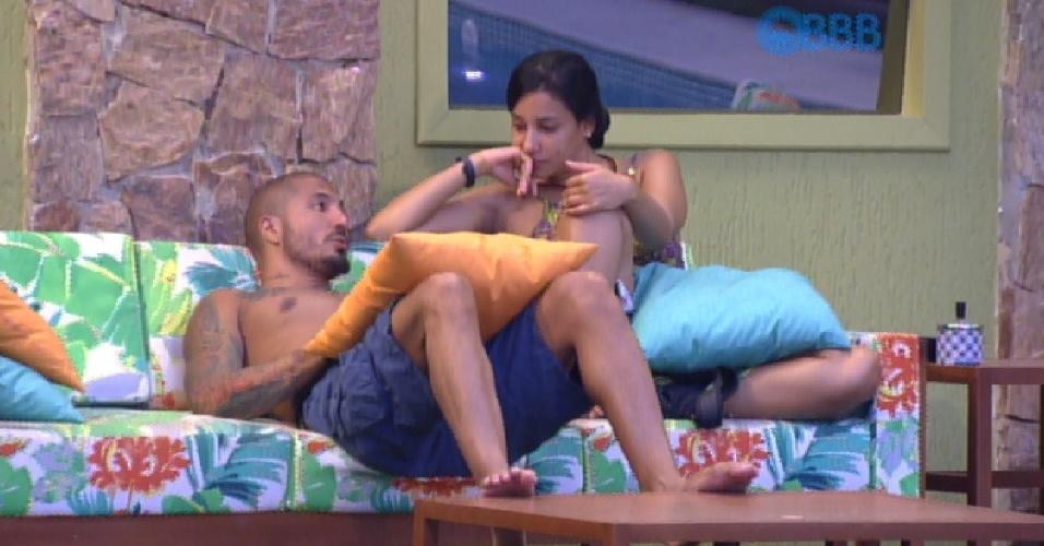13.fev.2015 - Em conversa com Fernando, Talita diz que Tamires e Cézar formam um belo casal