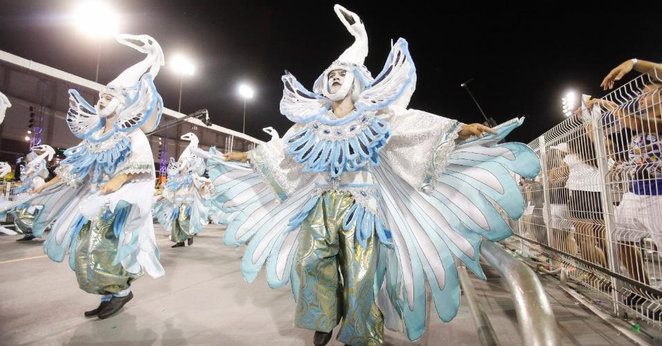 14.fev.2015 - Desfile da Águia de Ouro.