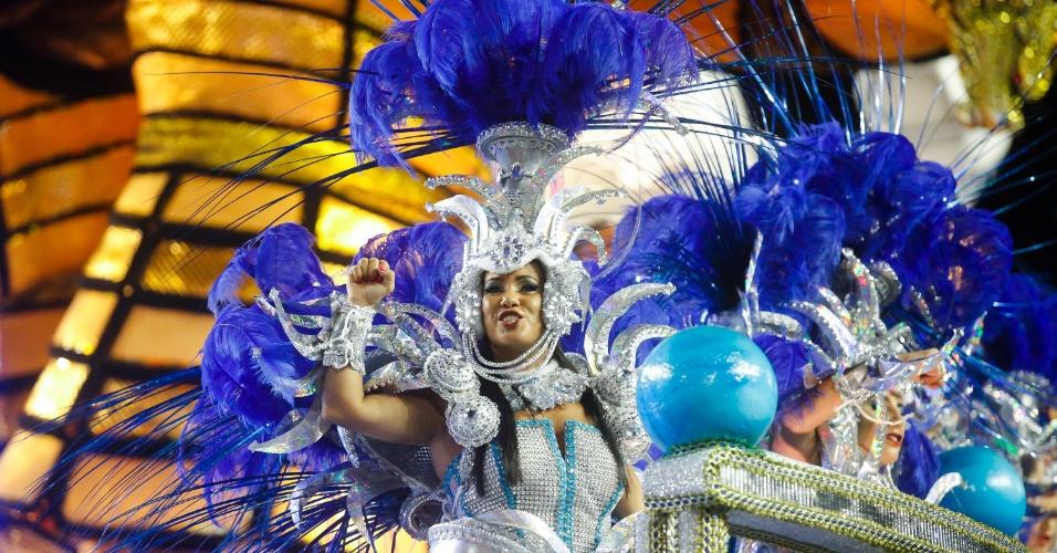 14.fev.2015 - Desfile da Águia de Ouro, que contou com cerca de  100 japoneses e 550 descendentes