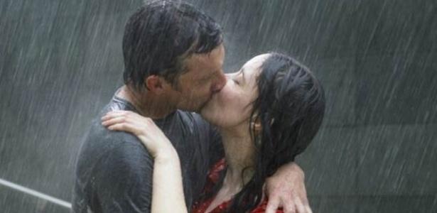 Pesquisadores afirmam que o amor tem comportamento parecido com o de uma doença - Thinkstock