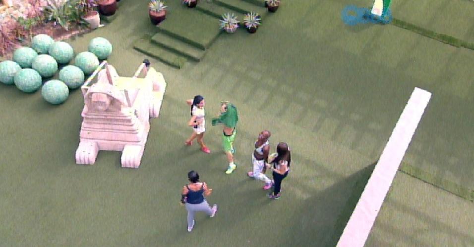 """15.fev.2015 - O time verde ganha e volta a ser o grupo Tá com Tudo do """"BBB15"""""""