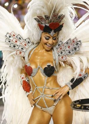 Sabrina Sato, madrinha da bateria da Gaviões da Fiel, no desfile de 2015