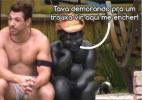 O que Cézar tanto conversa com a estátua? Diva Depressão imagina diálogos - Reprodução/TV Globo/Montagem Diva Depressão