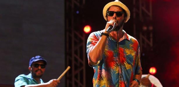 A banda pernambucana Nação Zumbi participa da comemoração, na Torre de TV - Sérgio Bernardo/JC Imagem