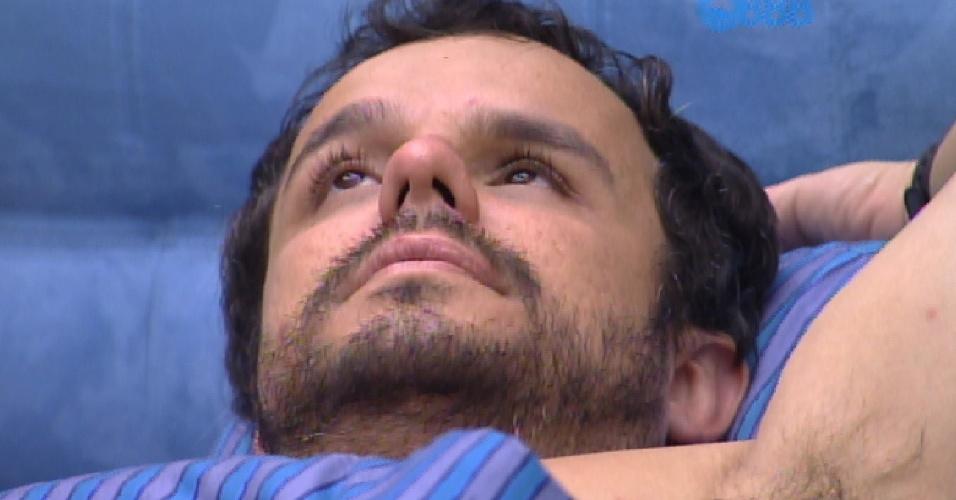 17.fev.2015 - Adrilles fala sobre o relacionamento de Fernando e Aline