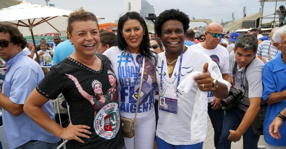 18.fev.2015 - Famosos acompanham a apuração do Carnaval do Rio de Janeiro no Sambódromo