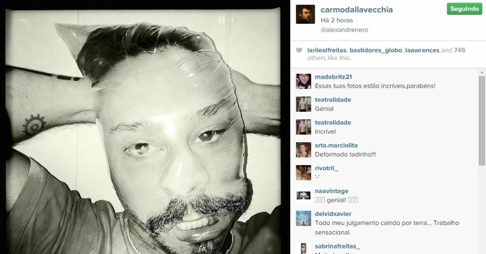 20.fev.2015 - Alexandre Nero apareceu irreconhecível com uma foto publicada por Carmo Della Vecchia no Instagram. Na imagem, publicada nesta quinta-feira, o ator de