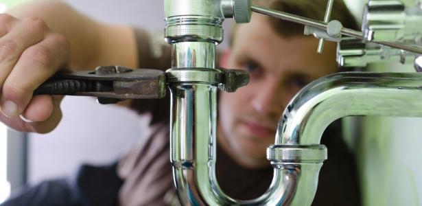 Mantenha em bom estado o sistema hidráulico da casa e evite o mau-cheiro - Getty Images