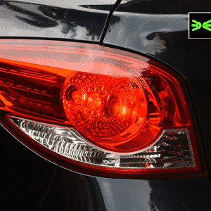 Lanterna traseira/farol Chevrolet Cruze - Murilo Góes/UOL
