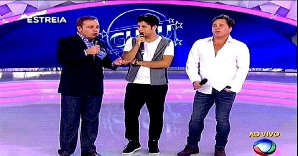 25.fev.2015 - Gugu estreia novo programa na Record com Leonardo e o filho, Zé Felipe, como convidados