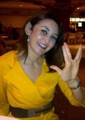 A carioca Mariá Velasquez, 42 anos, manda registro de 2013 em que aparece com as orelhinhas de Spock
