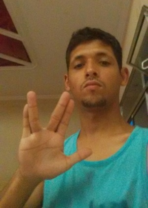 """""""Pô, galera, hoje é um dia triste!! Infelizmente perdemos o grande Leonard Nimoy, um dos meus atores favoritos!!! Tenho só 20 anos, mas amo Star Trek!!! Nunca enjoo de assistir!!!"""", declarou Felipe Augusto Araújo, de São Paulo (SP)"""