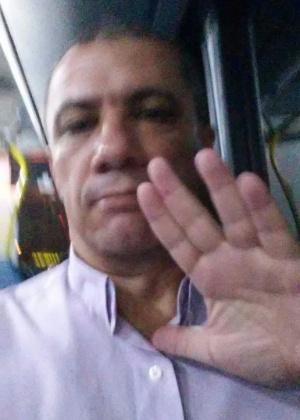"""""""Saudações Vulcanas ao eterno Sr. Spock. Um filho de dois mundos"""", diz o historiador Edilson Quintanilha Martinez, 47 anos, de São Gonçalo (RJ)"""