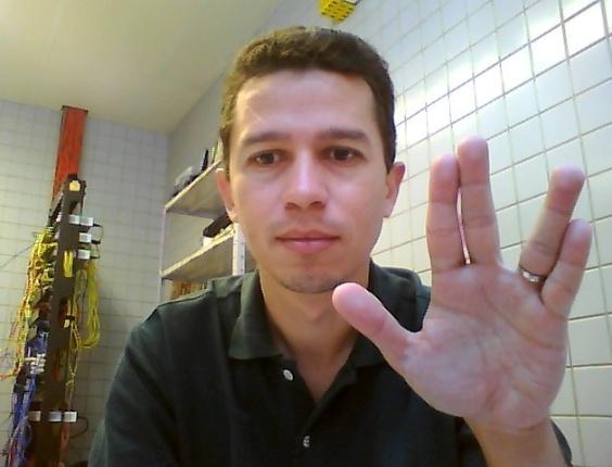 """""""Live long and prosper... ever"""" diz Januário Júnior, de Recife (PE)."""