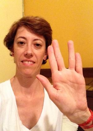"""""""Minha homenagem ao Sr. Nimoy"""" diz Andrea Cesaroni, de São Paulo (SP)."""