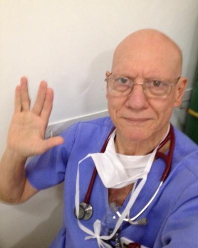 """""""Mr. Spock: best friend ever!"""" diz Ivan Lopes de Carvalho, de Jaú (SP)."""