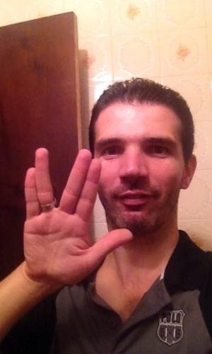 """""""Obrigado por fazer a diferença na ficção científica."""" diz Rogério Barbieri, de São Paulo (SP)."""