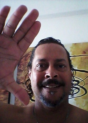 """Vida, sempre vida."" diz José Carlos Pimentel, de Salvador (BA)."