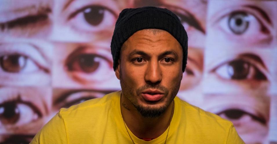 """1.mar.2015 - Fernando vota em Cézar no sexto paredão do """"BBB15"""""""