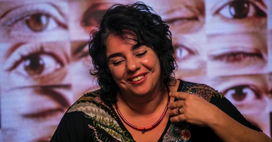 """1.mar.2015 - Mariza vota em Talita no sexto paredão do """"BBB15"""""""