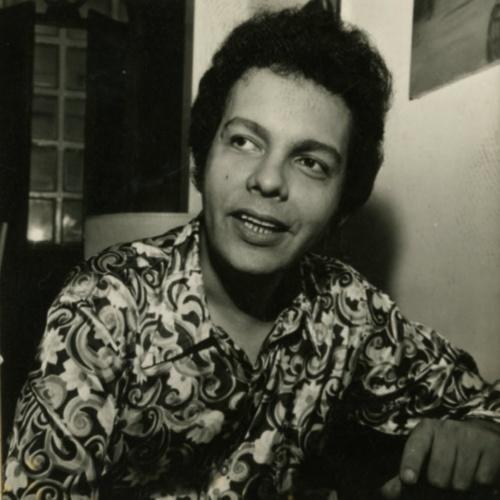 """O cantor Cauby Peixoto, em 1972. Neste ano gravou o LP """"Superstar"""", com destaque para """"Valsinha"""", de Chico Buarque e Vinícius de Moraes."""