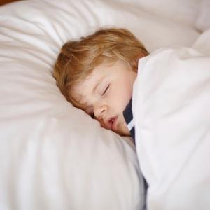 Não há estudo rigoroso que comprove a segurança do uso da melatonina - Getty Images