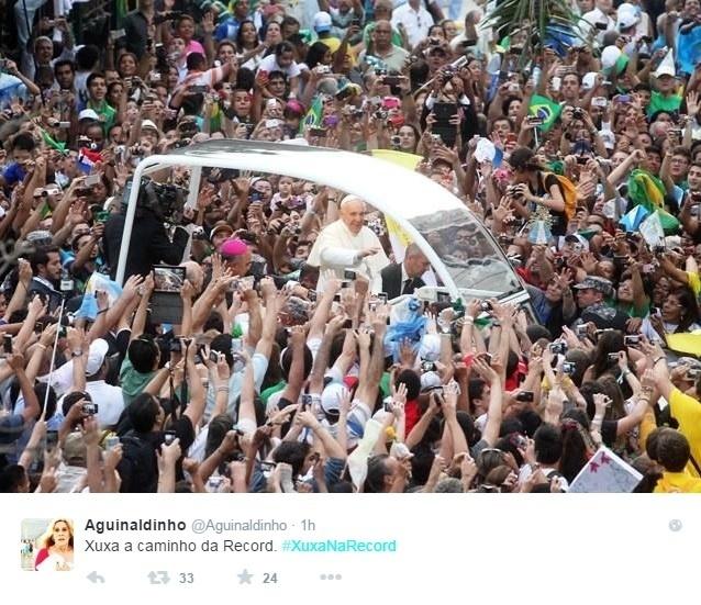 5.mar.2015 - Comoção da chegada de Xuxa à Record é comparada à visita do Papa