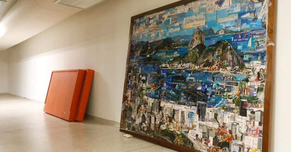 Obra Rio de Janeiro (2013), de Vik Muniz, apreendida durante a operação Lava Jato, que apura irregularidades na Petrobras, estão agora no acervo do Museu Oscar Niemeyer (MON)