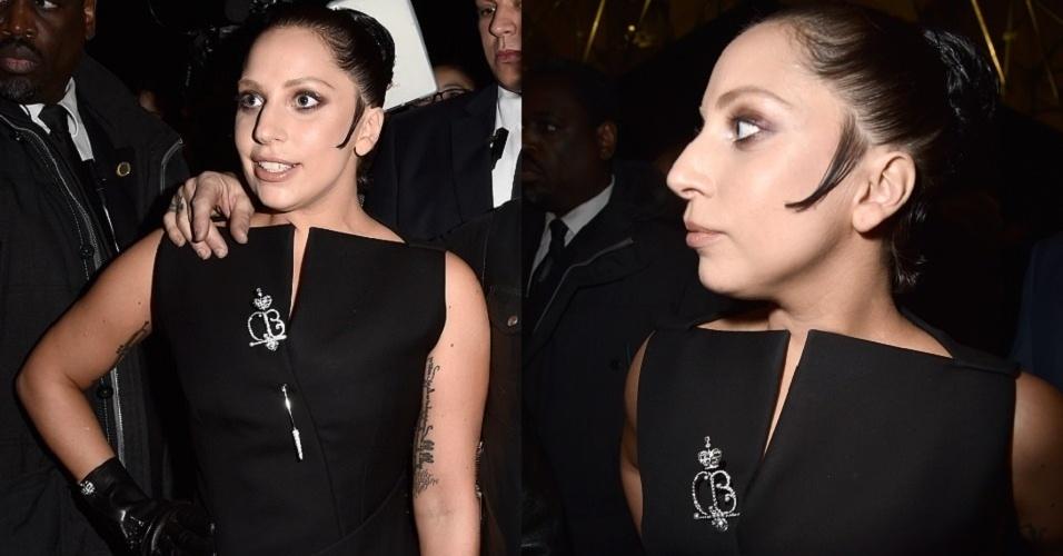 6.mar.2015 - Na contramão das celebridades que ficaram platinadas essa semana (Kim Kardashian e Jared Leto), Lady Gaga passou de loira a morena