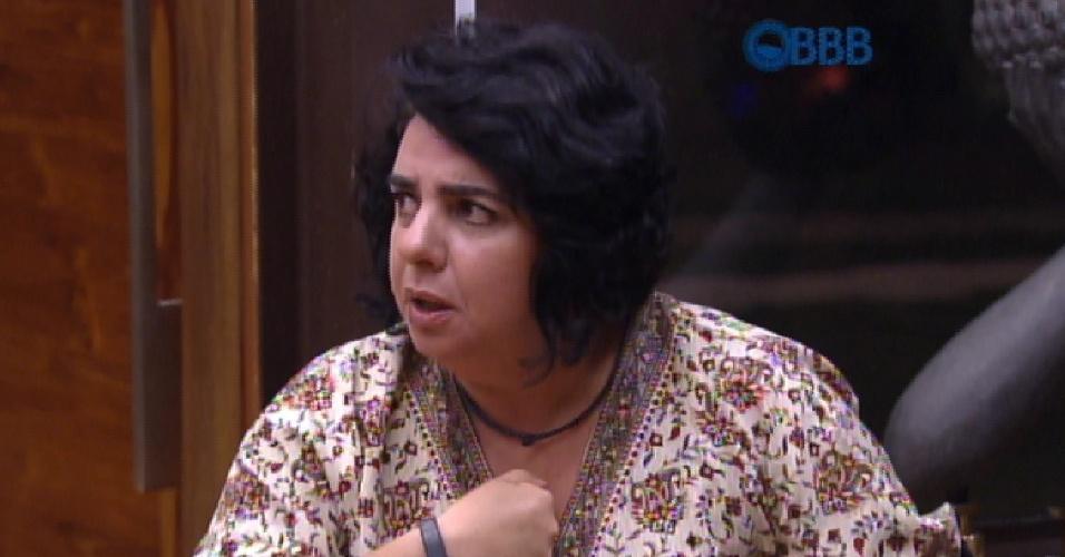 9.mar.2015 - Mariza critica Luan