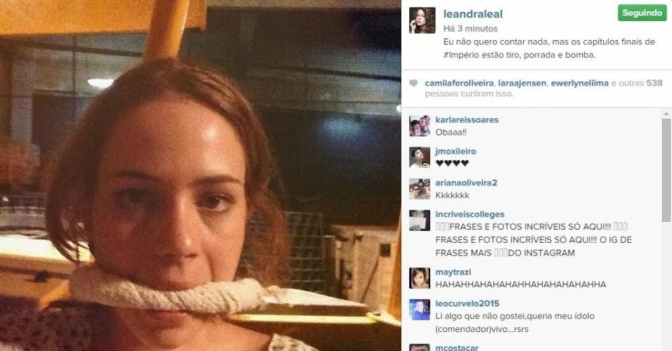 11.mar.2015 - Leandra Leal aparece amarrada em cenas finais de