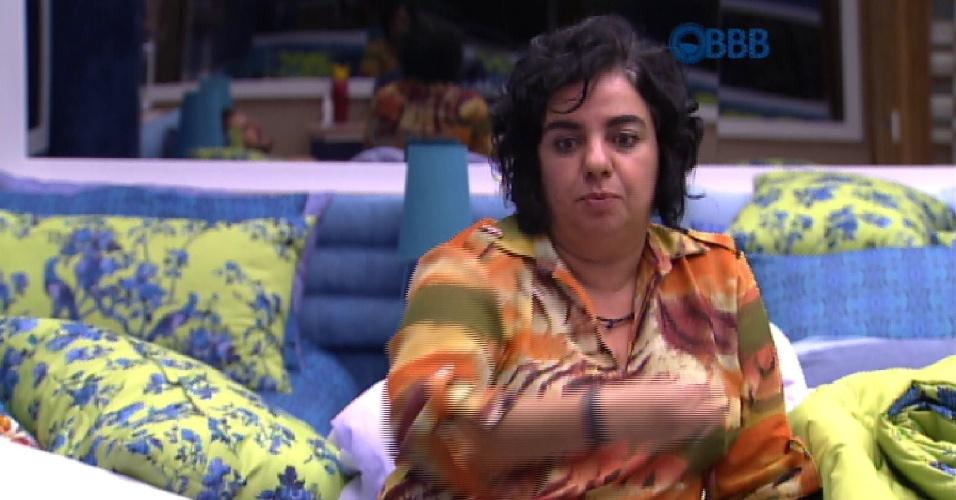 11.mar.2015 - Mariza admite ter perdido contato com Fernando e acredita que ela possa ser uma das opções de voto do produtor cultural