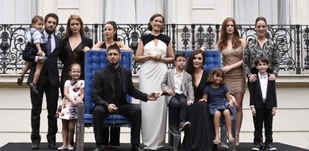 """Foto tradicional da família Medeiros é a cena final de """"Império"""""""