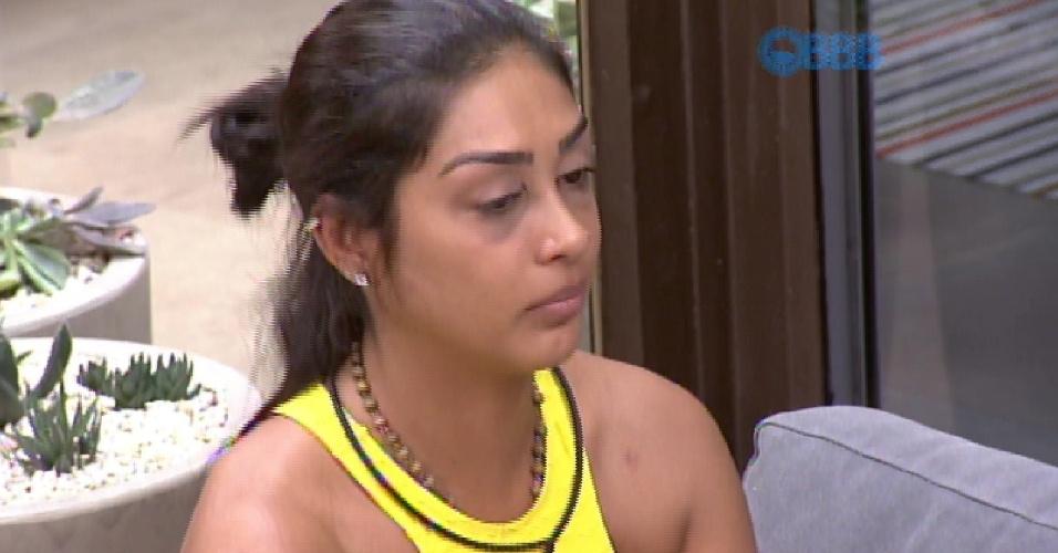 13.mar.2015 - Amanda chora ao falar de Fernando
