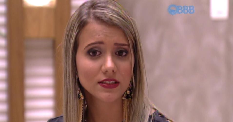 13.mar.2015 - Andressa é interrogada pelos brothers
