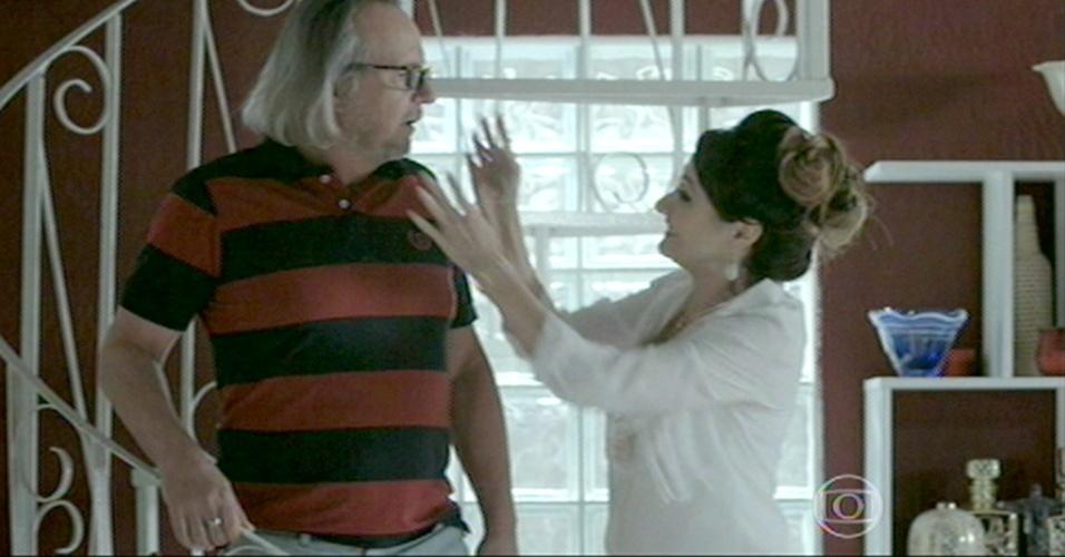 Doente, Severo tem falhas na memória e Magnólia cuida do marido com amor