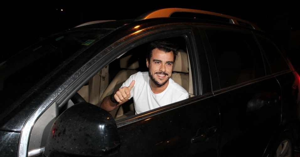 13.mar.2015 - Joaquim Lopes chega para a festa do último capítulo de