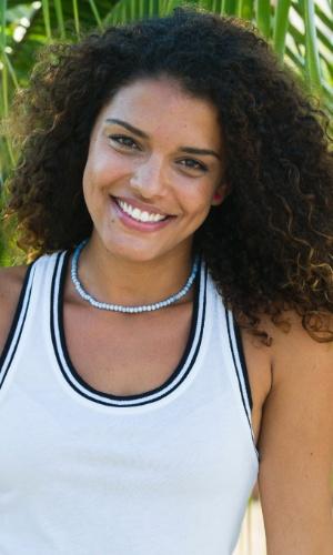 Gabriela Alvarenga (Kizi Vaz)
