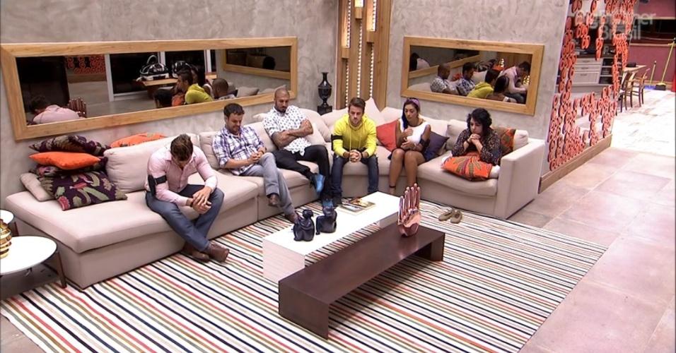 "17.mar.2015 - Brothers aguardam retorno do Bial na sala do ""BBB15"""