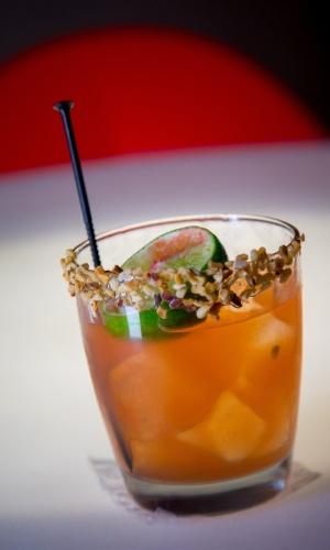 Para provar bebidas originais em Roma, vá ao Co. So. Cocktails & Social, bar relativamente novo que oferece combinações criativas como o Carbonara Sour, feito com vodca com infusão de banha de porco, ovo, pimenta-do-reino