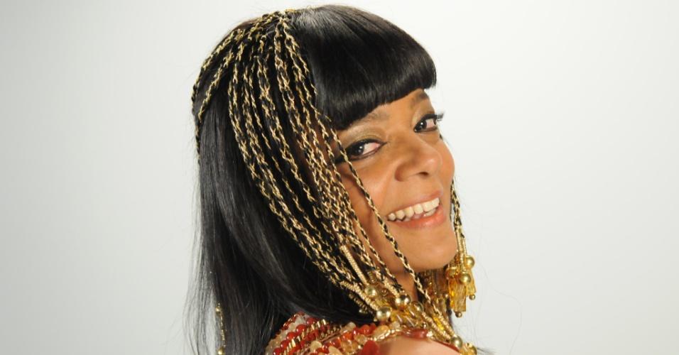NAYLA (Maria Ceiça): Esposa núbia de Seti I (Zecarlos Machado)