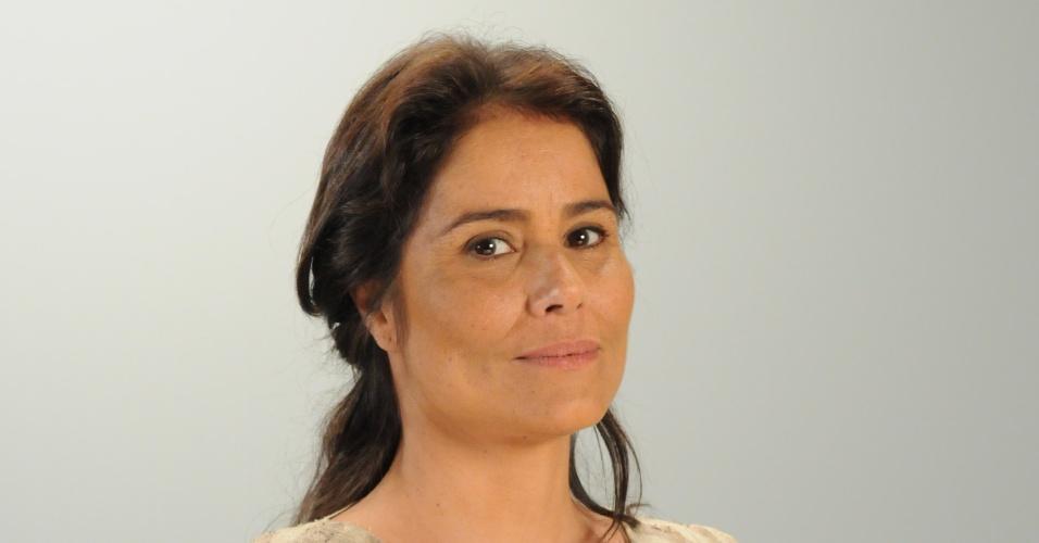 PUÁ (Valéria Alencar): Parteira que auxilia Sifrá (Stella Freitas)