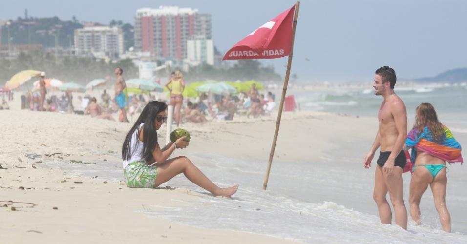 19.mar.2015 -Talita e Rafael continuam no Rio de Janeiro mesmo após a eliminação de estudante de administração na terça-feira (17).O casal está hospedado na casa dos pais do ex-jogador de futebol