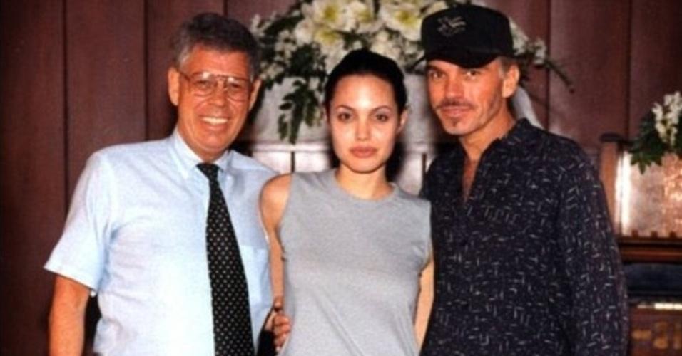Angelina Jolie usou calça jeans no casamento com Billy Bob Thornton