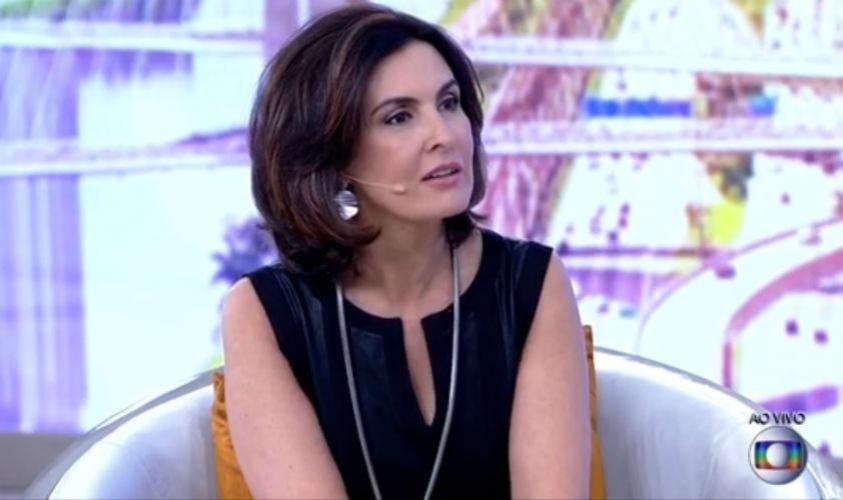 """20.mar.2015 - Fátima Bernardes retorna ao """"Encontro"""" após sangramento no nariz"""