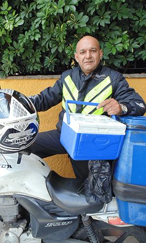 Adeonir de Barros, especializado em transporte de material infectante e médico