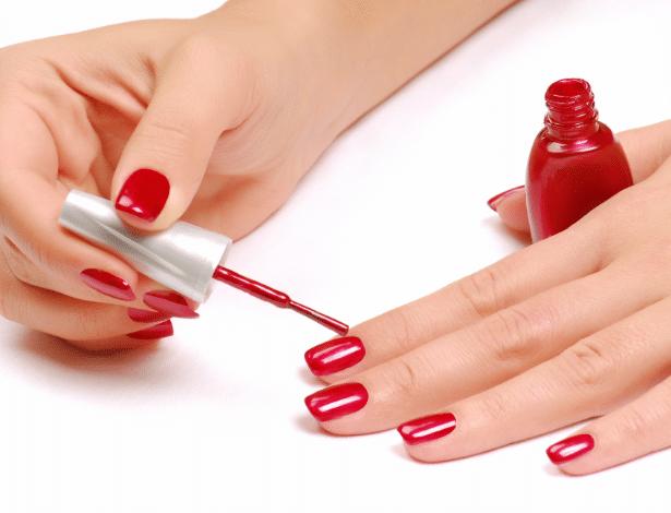 Fazer as próprias unhas pode ser divertido e você ainda economiza - Getty Images