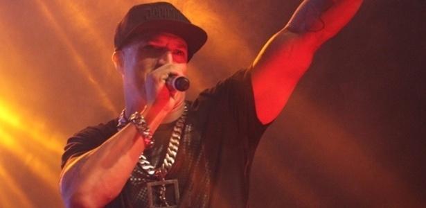 Mano Brown se apresenta com o Racionais MC's na Festa do Chopp da Vai-Vai